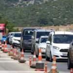 Tatil merkezine akın! 24 saatte 10 bin araç giriş yaptı