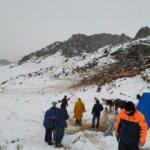 AFAD yaylada mahsur kalan çobanları ve 2 bin hayvanı kurtardı