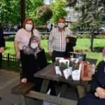 Fatih'te 65 yaş üstü vatandaşlara bayram kutlaması
