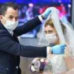 Düğünlerde yeni dönem! Takılar artık böyle takılacak