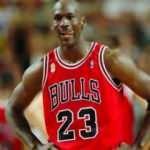 Michael Jordan'ın hazırlık maçında giydiği ayakkabı 615 bin dolara satıldı