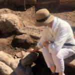 Patara'da iki heykel daha bulundu