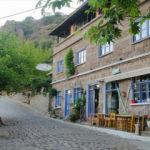 Assos'ta sosyal mesafeli tatil önlemleri