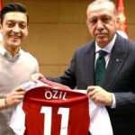 Dev marka Mesut Özil'e cephe aldı