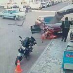 Kaldırımdaki yaya, kaza yapan araçtan kıl payı kurtuldu
