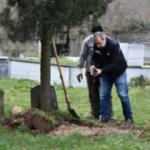 Mezara bebek gömüldü! Polis ihbara koştu