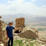 Yüzlerce yıllık manastır defineciler tarafından talan edildi