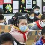 Çin'de 197 milyonu aşkın öğrenci tekrar ders başı yaptı