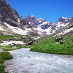 Türkiye'nin ikinci yüksek dağında dört mevsimi bir arada