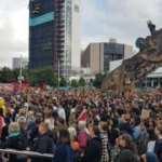 Yeni Zelanda'da ırkçılığa karşı gösterilerde binlerce kişi yürüdü