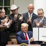 ABD Başkanı Trump 'polis reformu' kararnamesini imzaladı