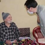 Antalya'da en yaşlı babaya ziyaret