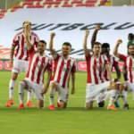 Kritik 3 puan! Sivasspor'un zirve inadı sürüyor
