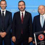 UEFA kararı sonrası Bakan Kasapoğlu ve Nihat Özdemir'den ilk açıklama