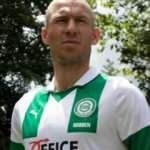 Arjen Robben futbola geri döndü! İşte yeni takımı...