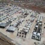 İdlib'de briket evler, ailelere teslim edildi