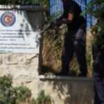 TİKA'dan Kudüs'teki tabelanın sökülmesine tepki