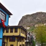 Afyonkarahisar kent meydanı ve eski Osmanlı evleri