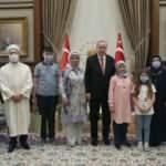 Erdoğan, görme engelli hafız Ravzanur'u kabul etti