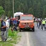 Erzurum'da otomobil uçurumdan yuvarlandı: 1 ölü 3 yaralı
