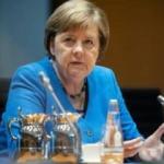 Merkel'den açıklama: Türkiye'yi bazı konularda eleştiriyorum