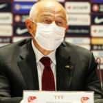 Nihat Özdemir'den 'seyircili maç' açıklaması
