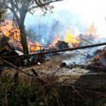 Son dakika! Artvin'de yangın: Ahşap köy evleri yanıyor!