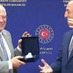 """Çavuşoğlu: AB Temsilcisi Borrell'e """"BOREL"""" hediye etti"""