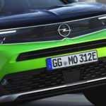 Opel'in 2020 Mokka modeli ile gelen logosu yenilendi