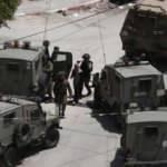 İsrail askerleri iki eski Filistinli milletvekilini gözaltına aldı
