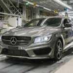 Mercedes'ten, iki fabrikasında üretime çip arası