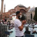 Ayasofya'ya ziyaretçi akını devam ediyor