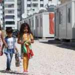 Konteyner kentlerde depremzede çocukların bayram sevinci