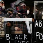 ABD'nin Portland kentinde polis, ırkçılık karşıtı protestoları 'yasa dışı' ilan etti