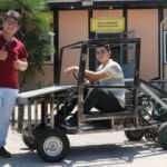 Okuldaki atıl sıra ve malzemelerden araba yaptılar