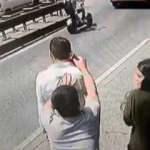İstanbul'un göbeğinde akılalmaz olay! Kız arkadaşıyla yürürken...