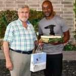 Eddie Newton'a Kuran'ı Kerim hediye ettiler