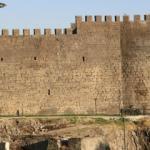 Tarihi Zerzevan Kalesi'nde 1800 yıllık keşif