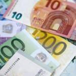 Euro Bölgesi'nde yıllık enflasyon yüzde 0,4'e çıktı
