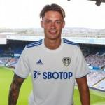 Leeds United, Alman stoper Robin Koch'u transfer etti