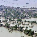 Pakistan'da muson yağmurları 63 can aldı