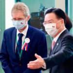 Çin'i çileden çıkaran fotoğraf! Çekya'ya tehdit: Ağır bedel ödetiriz