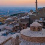 Mardin esnafının yüzü turist yoğunluğuyla güldü