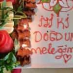 'Çiğ köfte pastası'yla doğum günü kutlaması