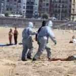 Testi pozitif çıkan kadın denize girdi, polisler olay yerine koştu!