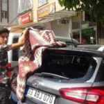 21 aracın camını kıran kadın gözaltına alındı