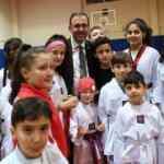 Bakan Kasapoğlu'ndan başarılı sporculara müjde