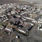 Defineciler 5 bin yıllık mezarı talan etti