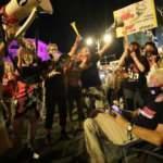 Netanyahu karıştı binlerce kişi yine meydanlarda
