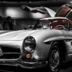 1957 model Mercedes 300 SL Gullwing rekor fiyata satıldı